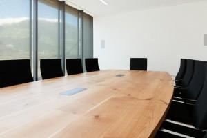OVEG Tischplatze Sitzungsraum